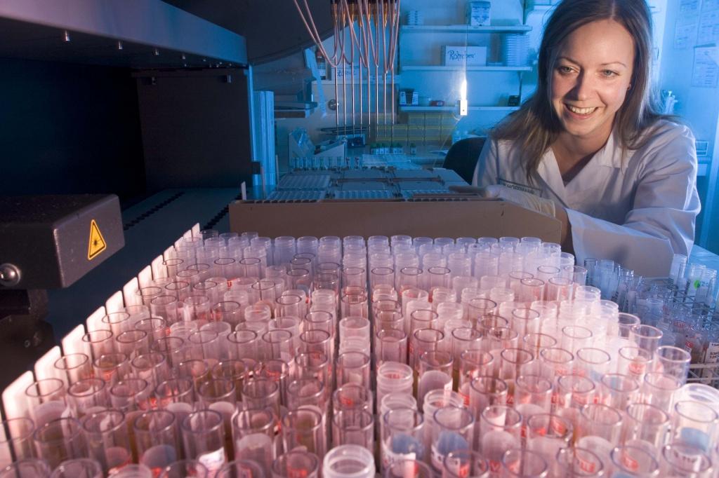 Ежедневно лаборатория Крамера обрабатывает десятки тысяч пробирок